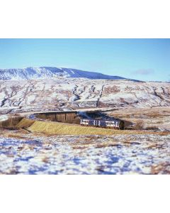 Christmas Card: Class 158 DMU and Ribblehead Viaduct in the Snow (pack of 12)